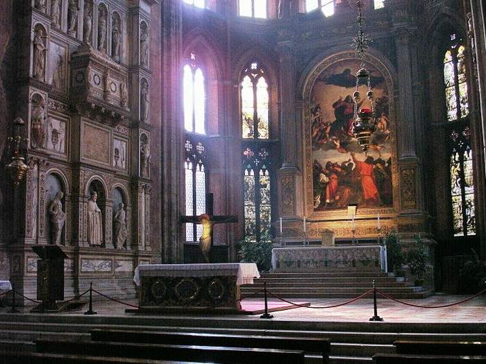 the importance of titians pesaro and assunta altarpiece from a stylistic and iconographic point of v